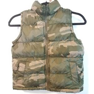 Old Navy Boys Camo Puffer Vest - Camouflage Green